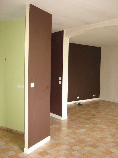 Location Appartement duplex dans maison de village  à Chenecey-buillon