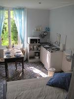 Location Appartement Loches citadelle: appartement meublé calme et réservé  à Loches