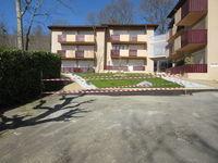 Location Appartement T1 Bis 2 étoiles meublé  parking wifi Laverie  à Cazaubon