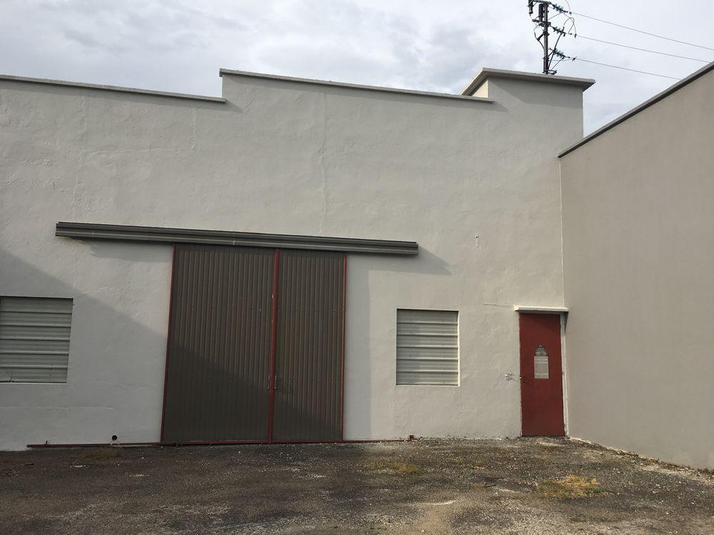 Location garage s curis pour voiture de sport ou ancienne sa ne et loire a - Garage pour particulier ...