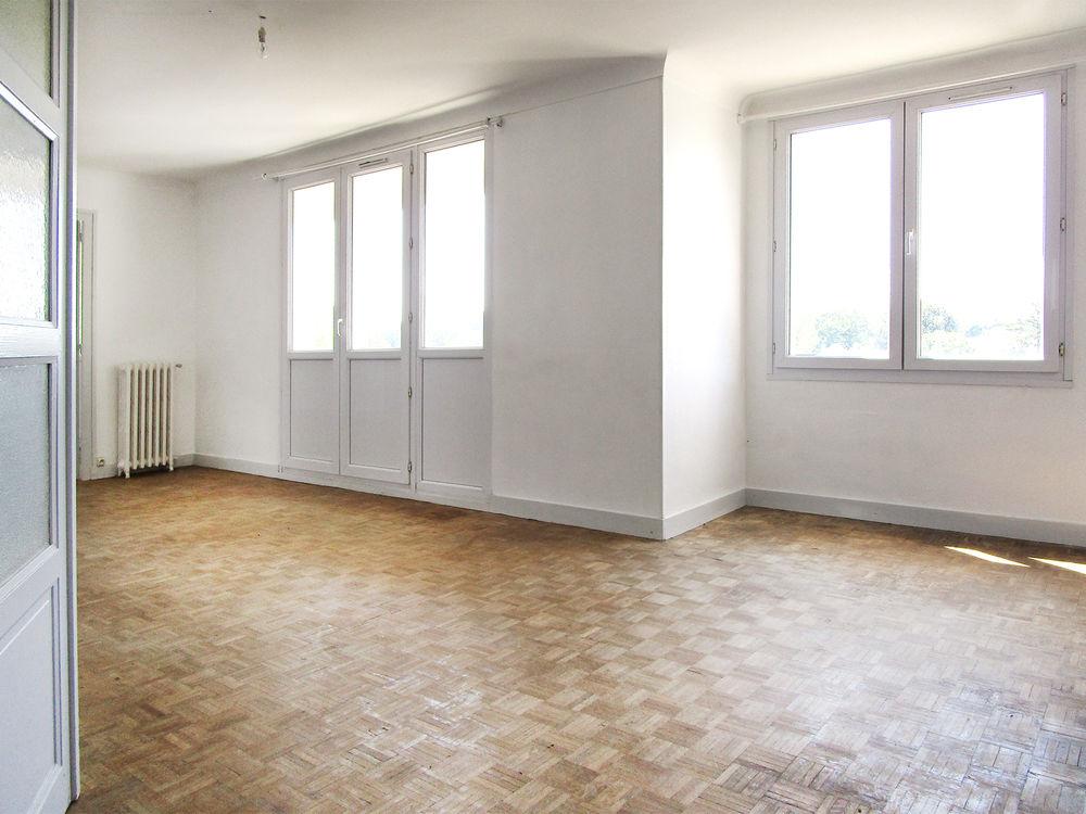 Location Appartement T3 - Le Manoir  à Le manoir