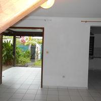 Dans petite résidence à proximite de la plage 1230 Remire-Montjoly (97354)