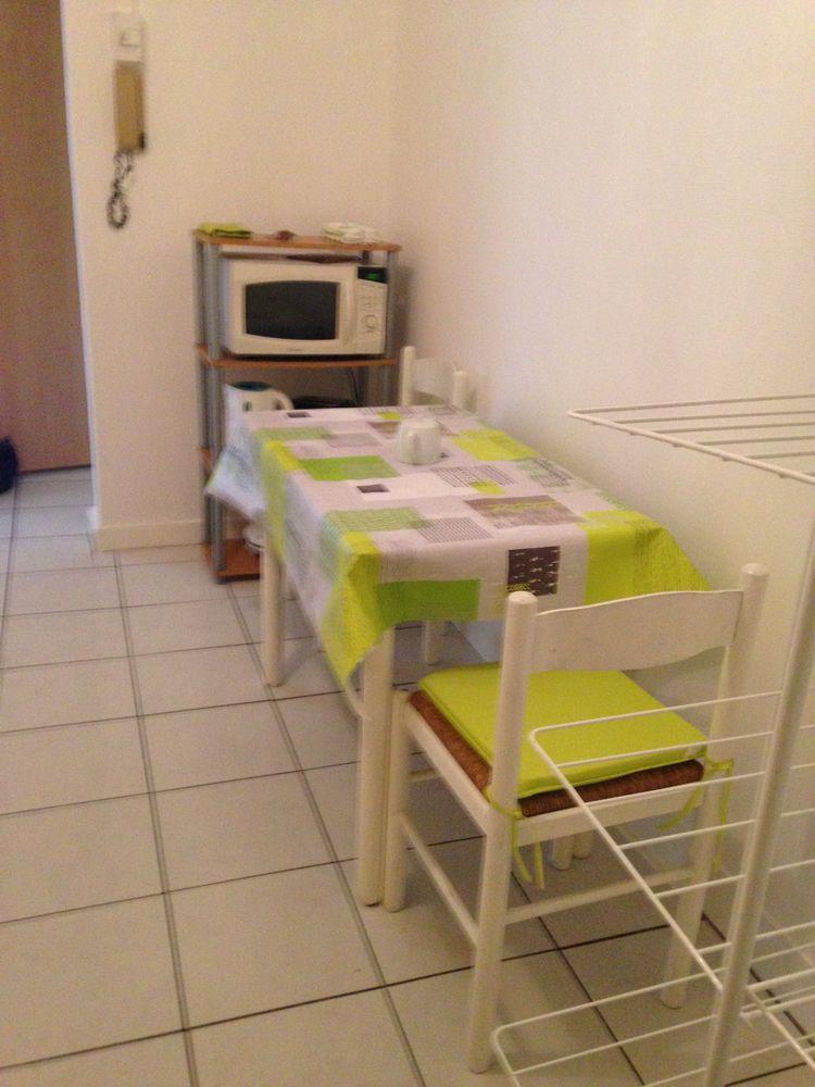 Location Appartement Studio meublé à saumur près de la gare  à Saumur