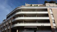 Grand appartement T3 avec 2 garages   1190 Marseille 5