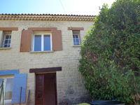 Location Appartement Partie d'étage d'une grande villa  à Saint-didier