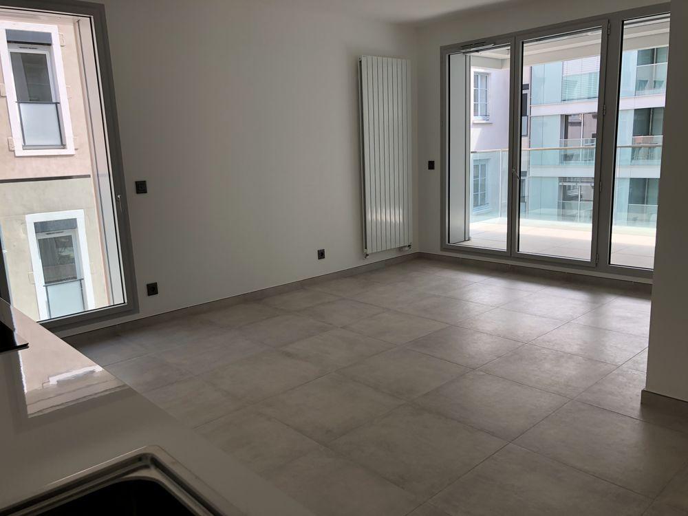 Location Appartement Appartement T3 neuf Place Bellecour Lyon 2