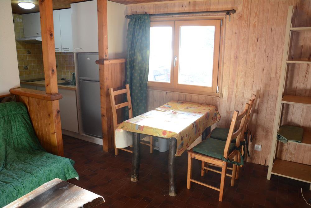 Location Appartement Petit T2 meublé dans un chalet près de La Faucille  à Mijoux