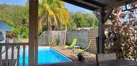 haut de villa avec vue sur mer et piscine. 995 La Trinité (97220)