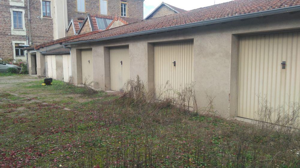 Location Parking/Garage nous nt un garage de 15m2 en plein centre ville de thizy  à Thizy