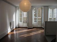 Grand studio lumineux centre Alençon 1er étage 388 Alençon (61000)