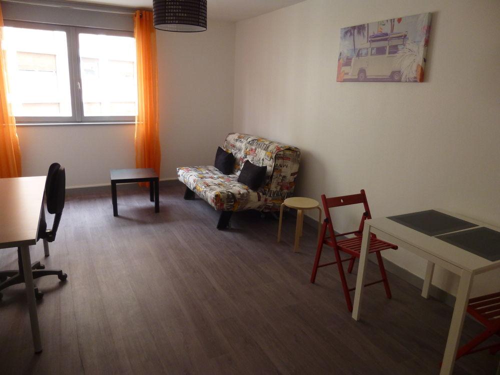 Location Appartement Studio meublé à 100m Lycée C.Fauriel  à Saint-Étienne