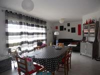 Location Villa villa T 4  à Castelginest