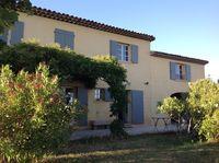 Location Villa Cucuron (84160)