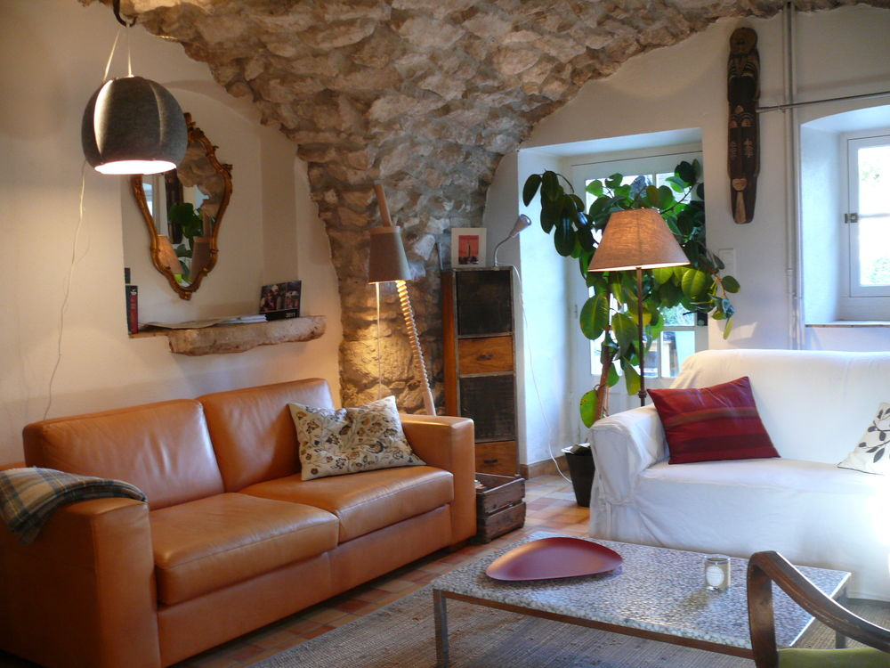 Location Maison belle maison meublée à 15mn de Crest (26400)  à Grane