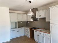 Location Maison villa dans quartier résidentiel  à Bagnols-sur-cèze