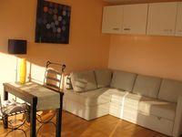 Particulier beau studio T1bis meublé douane Genève 990 Ferney-Voltaire (01210)