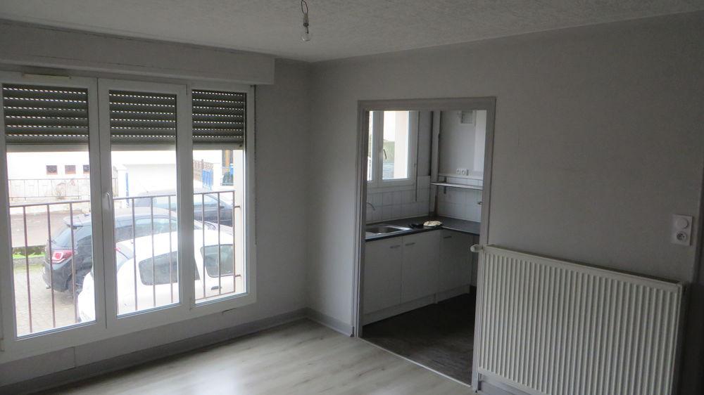 Location Appartement à DIEUZE F4 rénové AVEC GARAGE  à Dieuze