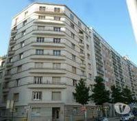 Location Appartement PART. beau studio BD FOCH  à Grenoble