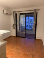 Location Appartement appartement  T2  de 26m2 dans résidence avec gardien  .  à Fréjus