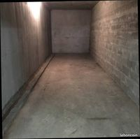 Location Parking / Garage Bron (69500)