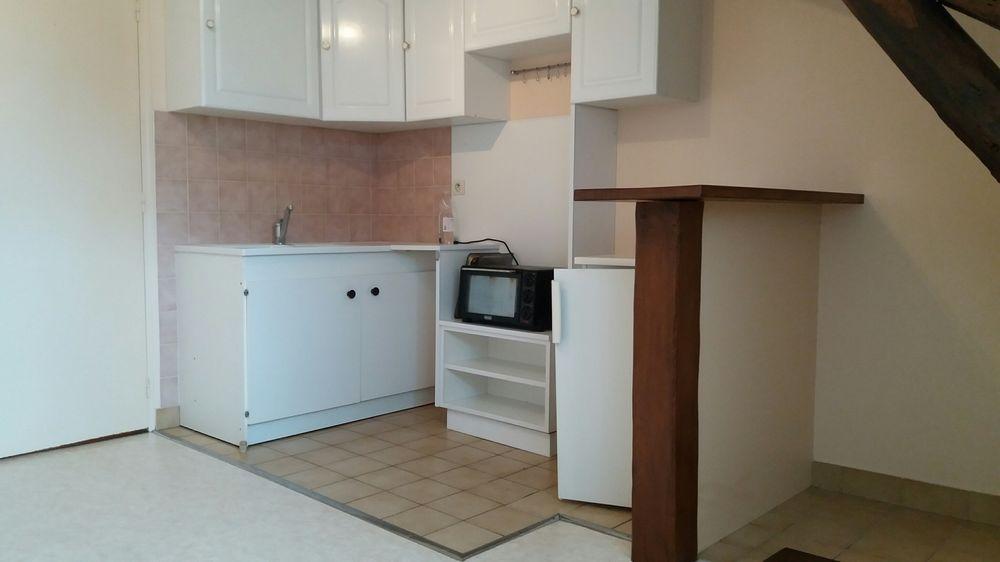 Location Appartement F2 CHATEAUROUX Centre  à Châteauroux