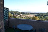 Location Appartement Gite locat mois grand T1 sur les hauteurs de Hyères vue mer  à Hyères