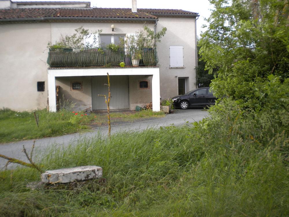 Location Maison maison ancienne renovee  à Jonquières
