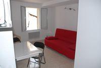 Location Appartement STUDIO Intramuros proche Place Pie et faculté  à Avignon