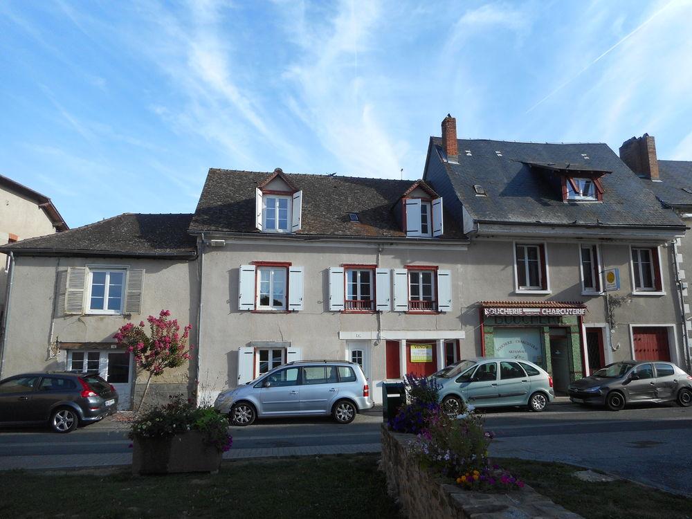 Location Appartement Bureau 55 m2 / Lubersac / 19210  à Lubersac