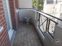 Location Appartement plein centre ville, proche de la gare** : **très beau meublé  à Reims