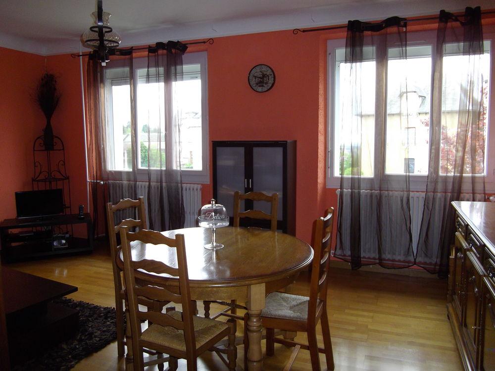 Location Maison MAISON T 7 A RIEUPEYROUX  à Rieupeyroux