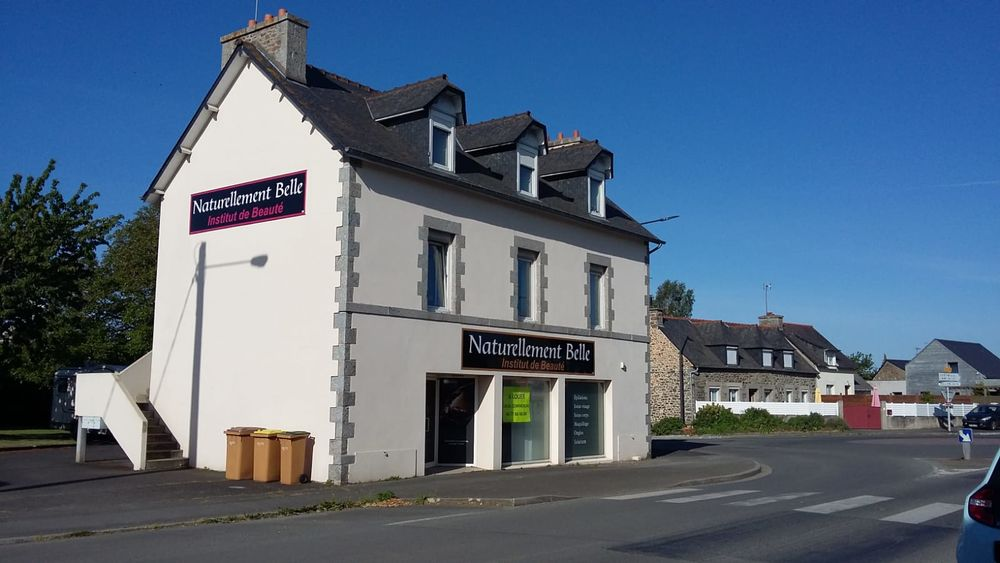 Location Maison local commercial avec vitrine( bureaux...)  à Hillion