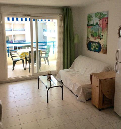 Location Appartement studio meublé climatisé parking Frejus Plage Fréjus