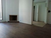 Charmant studio rénové avec mezzanine 950 Paris 18