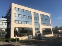 bureau de 16 à 75 m² au 1 er étage avec ascenseur  590 Villebon-sur-Yvette (91140)