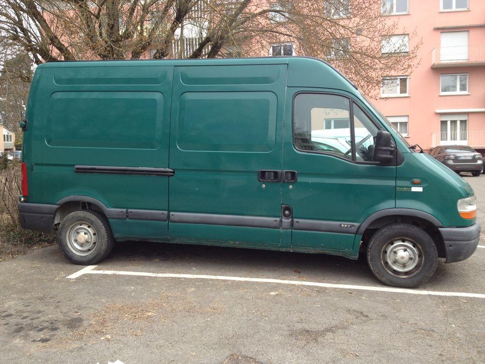 Camionnette avec chauffeur pour déménagement et autre