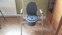 chaise garde robe propre et pratiquement pas servi 0 15000 Aurillac