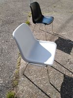23 chaises coque en parfaite etat general 19 69240 Bourg-de-thizy