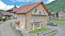 Maison de village de 120m2, en 2 appartements 315000 Marlens (74210)