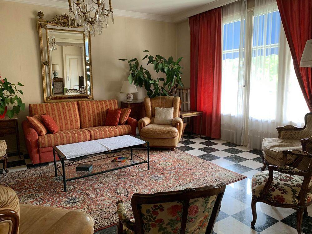 Vente Appartement A saisir ! Grand appartement avec beaux volumes - Secteur prisé  à Saint-Étienne