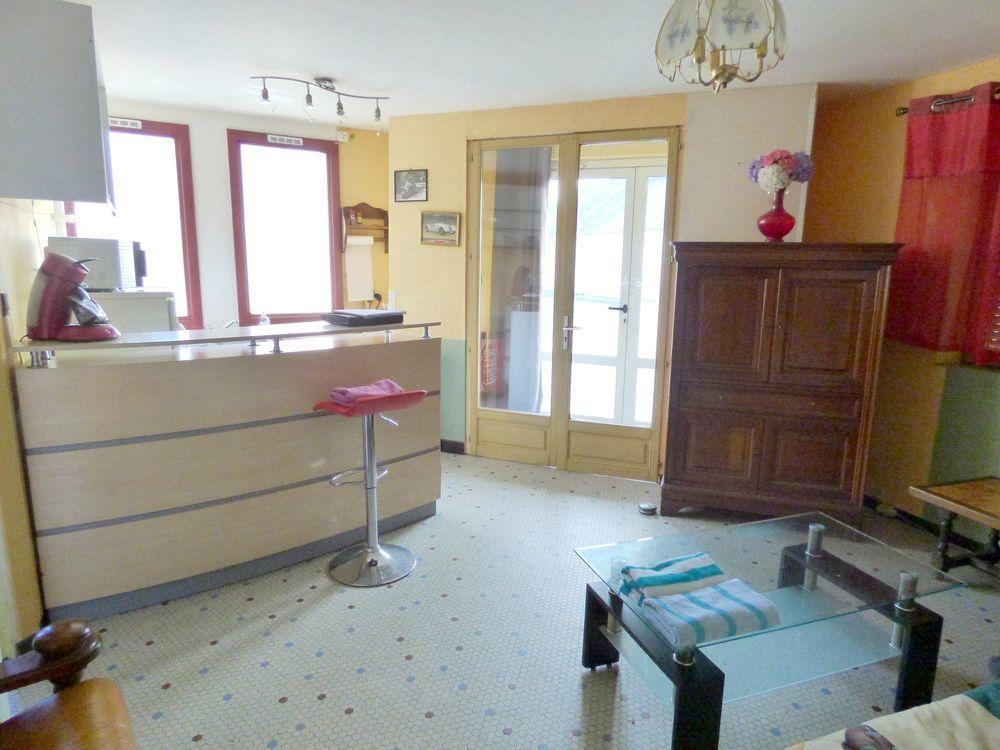 Vente Appartement Appartement en rez de chaussée  à Carhaix-plouguer