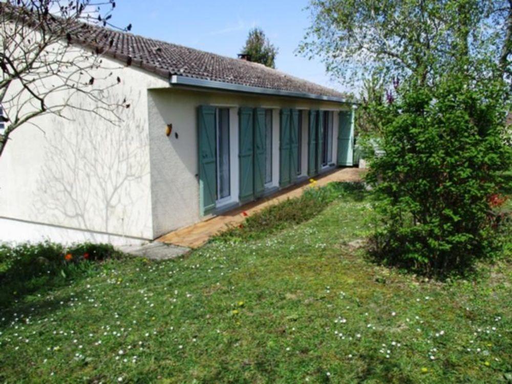 Vente Maison Champigny sur Yonne Pavillon F6 sur sous-sol total  à Villeneuve la guyard