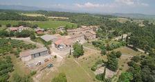 domaine avec maison, dépendances, cave viticole, maisons locatives sur 60 hectares 695000 Carcassonne (11000)