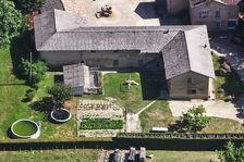 Ferme de 216m2 habitable, 4 chambres, terrain de 1918m2 + Dépendances de 340 m2 340000 Bouligneux (01330)