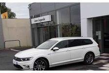 VOLKSWAGEN PASSAT SW 2018 - Pure White - Passat SW 1.4 TSI 218 Hybride Rechargeable DSG6 GTE 32990 24200 Sarlat-la-Canéda
