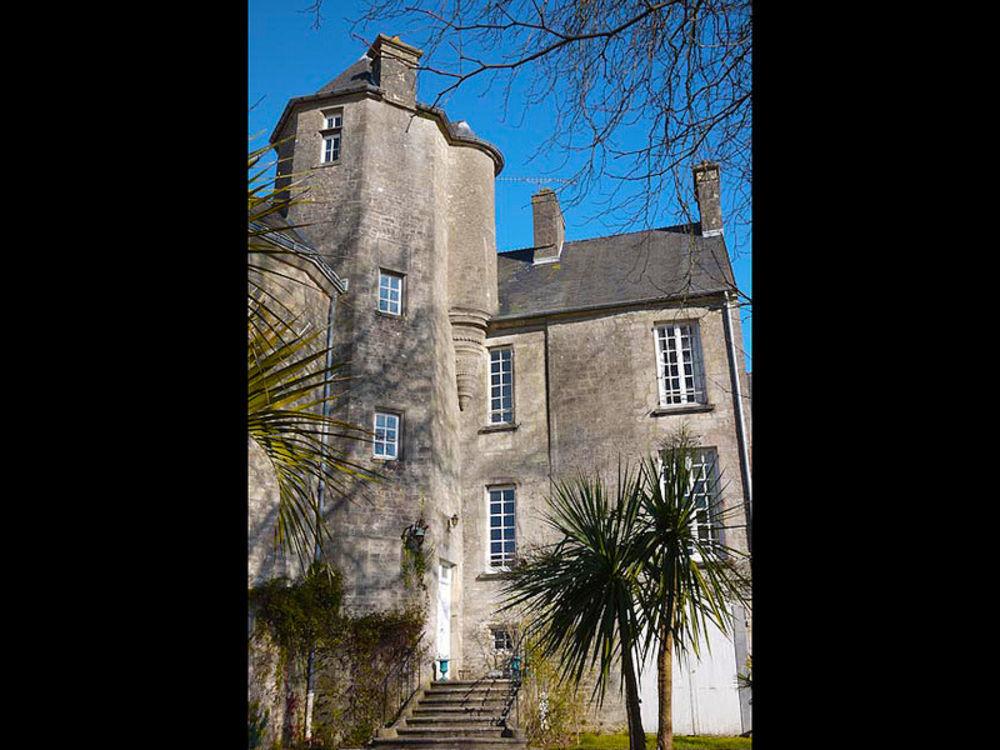 Vente Maison Superbe maison d'époque à Valognes avec 20 pièces habitables et un grand jardin privé Valognes