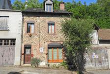 PRIX BAISSÉ: Maison de Bourg idéale vacances ou de permanence : 3chambres, double vitrage, petit cour 0 Uzerche (19140)