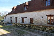 Magnifique ensemble de 2 maisons périgourdines en pierre au milieu d?environ 36 HA de prairie et de bois. Cette propriété com 742000 Sainte-Foy-de-Longas (24510)