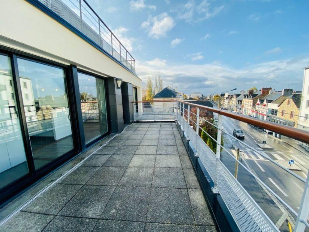 Vente Appartement Rue de Nantes T3 Duplex avec terrasse et parking  à Rennes
