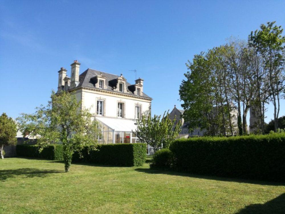 Vente Maison Maison bourgeoise du 19e sur superbe terrain clos  à Luc-sur-mer